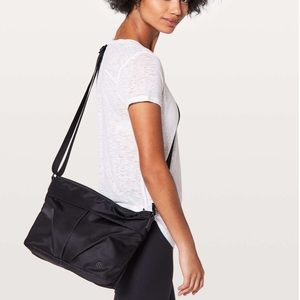Lululemon City Adventurer Shoulder Bag *7L